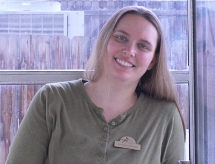 Elisabeth – Library Assistant